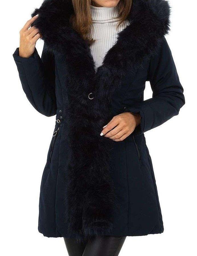 Černá zimní dámská bunda s kapucí